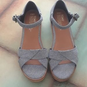 Toms navy wedge sandals